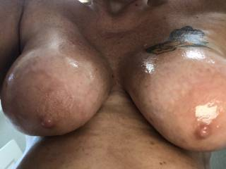 all oiled up and waiting on some big cock to wrap them around, who wants a good oily titfuck?