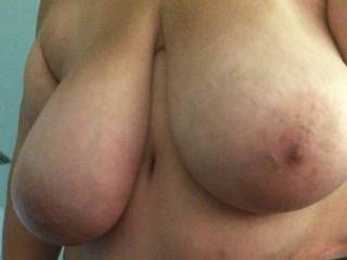 Texasbigtitty has some huge saggy tits