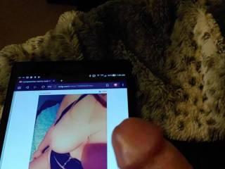 Masturbating to random recent uploaded pics from these hot Zoig women