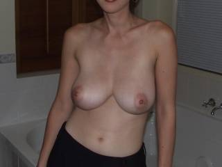 Check out my sexy tits, u like?