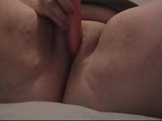Can I gentle tease yr Clit whilst you toy yourself?  That would be nice x Stv