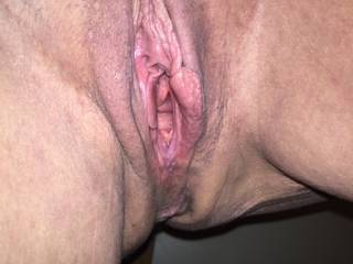 mmm let me slide my thick juicy cock deep inside balls deep and stroke u good sexy...