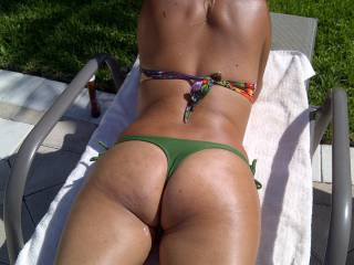 Love the thong look at the pool