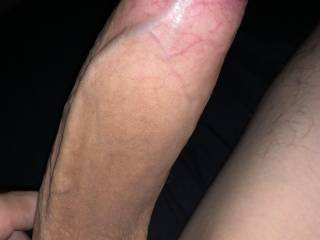 A big dick from a 18 yr that likes older women too!