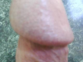 thick n veiny with a big head. just the way you girls luv it!