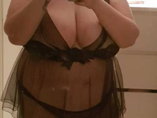 Another pic of this amazing bbw with 40k breasts!