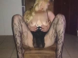 Hot wife posing so sexy