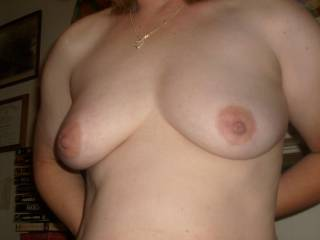My wife\'s warming up to showing her stuff. Wait till you see her pussy. Hot and very tasty!
