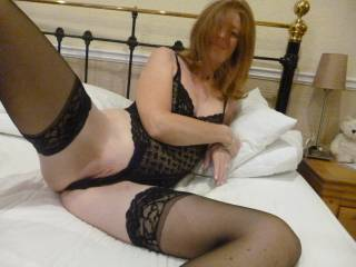 So sexy in nylons .I love to rub my cock on them