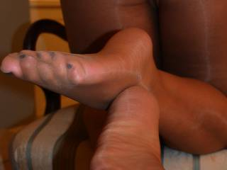 You know I would. Would you let me lick my jizz from your pretty toes and then kiss you?