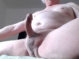 Selfie while watching other webcams and broadcasting myself. Always horny having such a hard cock.
