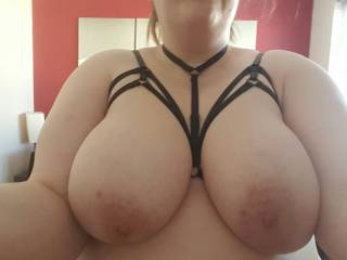 Wwwfill up my dirty wife with tons of cum in her pussy