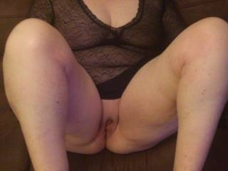 Love your gorgeous pussy! Please spread your legs wider so that I can put my head between your legs and lick you!