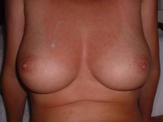 Be careful with the sunburn! Would love to lick and tease your breasts and nipples. (with or wthout cum on it)