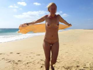 She loves to be nude at the beach