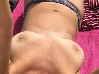 Topless having some tan first day. Maggy