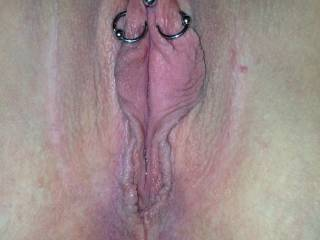 would just love to slowly lick those moist holes. yummy.