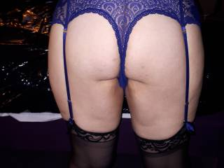 Bought my friend some lingerie here a shot of her bent over bed