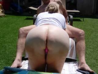 Please enjoy this view of my lovely wife\'s big white ass while she sucks my cock!