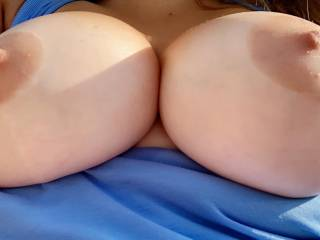 Felt like a naughty girl stepping outside to send a picture to my hubby of my big tits!