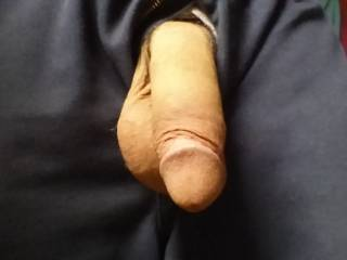 Big n thick and big balls, mouth watering. Love to take it in my mouth and feel it growing down my throat