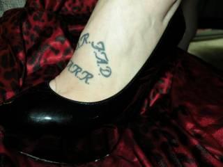 Ahhhh .... I love black patent high heels !!!! Thanks for sharing !!!!