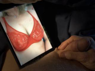 Love to look at sexy bra cleavage like JackJerkoff\'s wife.