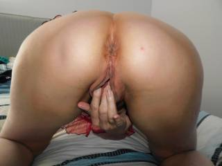 Hubby paused from sliding his tongue into my anus to take this pic