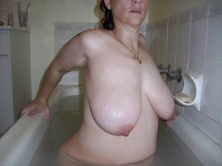 wife in bath big boobs