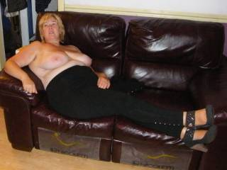 hmmm would u suck my hard cock as u lie down on that couch ?