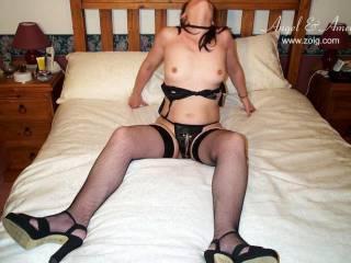 mmmmm very sexy! I love your sexy nipples : ) xx