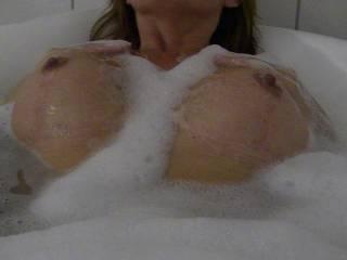 My hot wife get horny in bath!