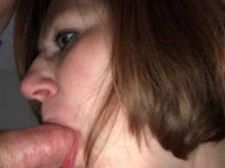 MILF that loves too fuck. Hubby was at work. We sent him pictures.