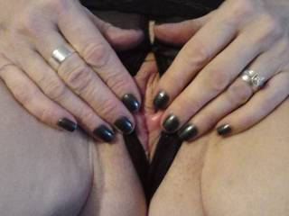 mmm love a turn with sweet wet tight pussy and to see her sweet pussy quiver mmm