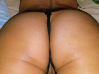 Asian pussy juicy from anticipation of being eaten and fucked!! Who will satisfy the anticipation?? ;-)~