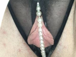 Who'd like to pull the pearls to the side and suck on those beautiful pussy lips?