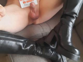 I realy like women in hot sexy boot. but from time to time I wear them myself when I\'m home alone.  But what pair is the most sexiest?