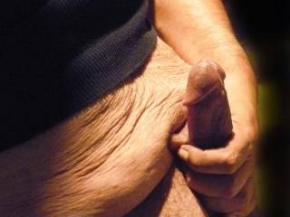 Jerking to all the hot ladies and couples on zoig; thank you all for sharing. Everyone is so beautiful :)