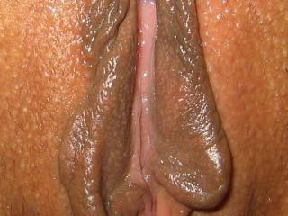 Damn...her pussy is so fucking juicy! Imagine having both of you at the same time!