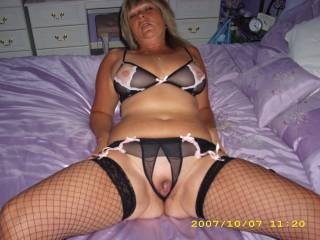 Very sexy... Love your tits and pussy..