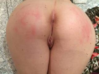 Good spanking before my tight ass gets fucked... shameyou can´t see I was blindfolded
