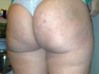 God i love her big butt